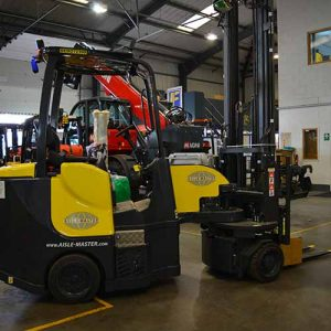 Aisle-Master Used Articulated Forklift for sale